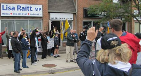 Demo at Lisa Raitt's office